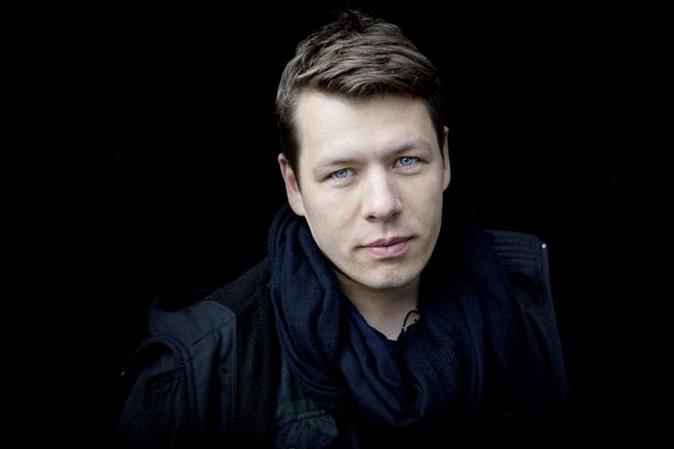 Nhiếp ảnh gia người Đan Mạch Mads Nissen. Ảnh: Morten Rode.