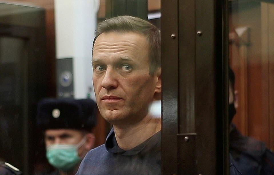 Alexei Navalny tại phiên tòa ở Nga ngày 2/2. Ảnh: Reuters.