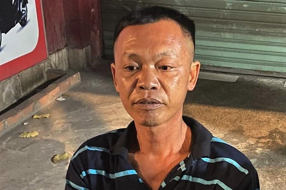 Nguyễn Quốc Lâm bị cảnh sát bắt giữ tại TP HCM, đêm 18/4. Ảnh: Công an cung cấp.