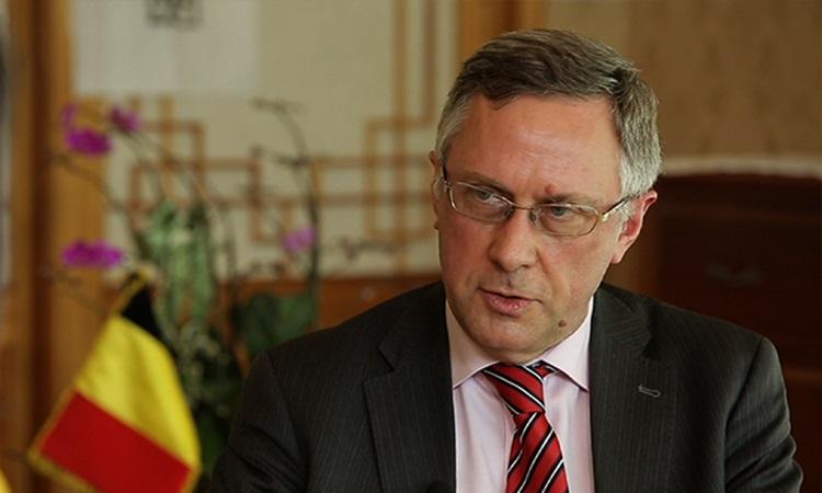 Đại sứ Bỉ tại Hàn Quốc Peter Lescouhier trong một cuộc phỏng vấn năm 2019. Ảnh: Arirang.