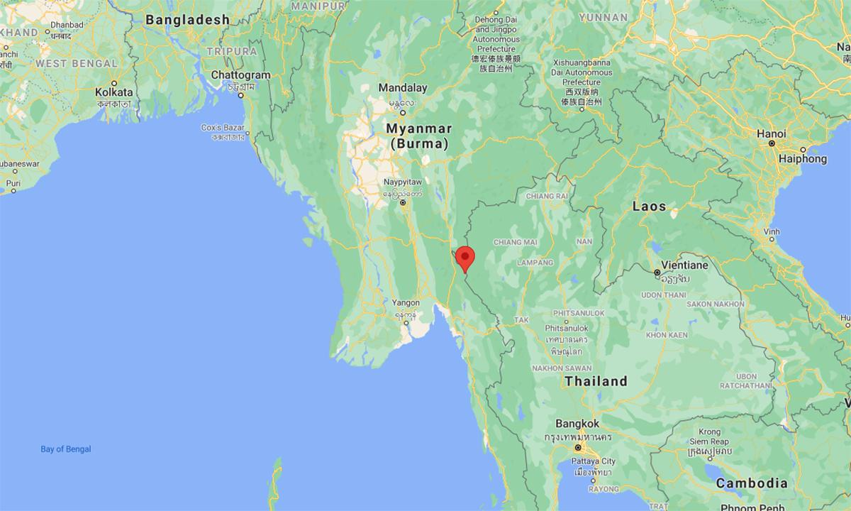 Vị trí quân đội Myanmar nổ súng cảnh cáo tàu của tuần biên Thái Lan (đánh dấu đỏ). Đồ họa: Google.