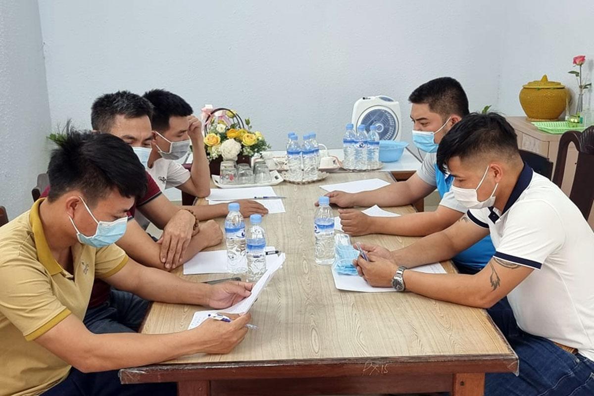 Năm trong số 14 bị can vừa bị công an Đà Nẵng bắt giữ. Ảnh: Công an cung cấp.