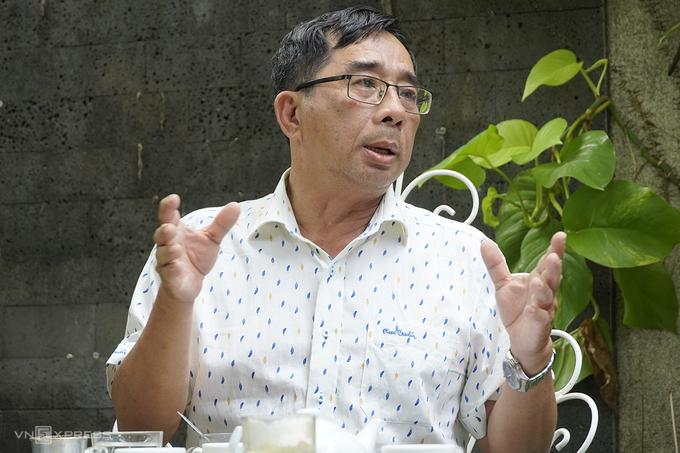 PGS-TS Lê Anh Tuấn, Phó Viện Nghiên cứu về biến đổi khí hậu, Đại học Cần Thơ, cho rằng con người là tác nhân chính của các vấn đề môi trường hiện nay, khi chúng ta ngày càng đi ngược với các quy luật tự nhiên. Ảnh: Hoàng Nam.
