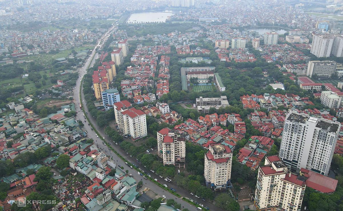 Đường Vành đi 2,5 đoạn từ Đầm Hồng tới Giải Phóng, chạy qua khu đô thị Định Công. Ảnh: Bá Đô