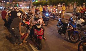 Cảnh sát TP HCM diễn tập bắt 'quái xế'