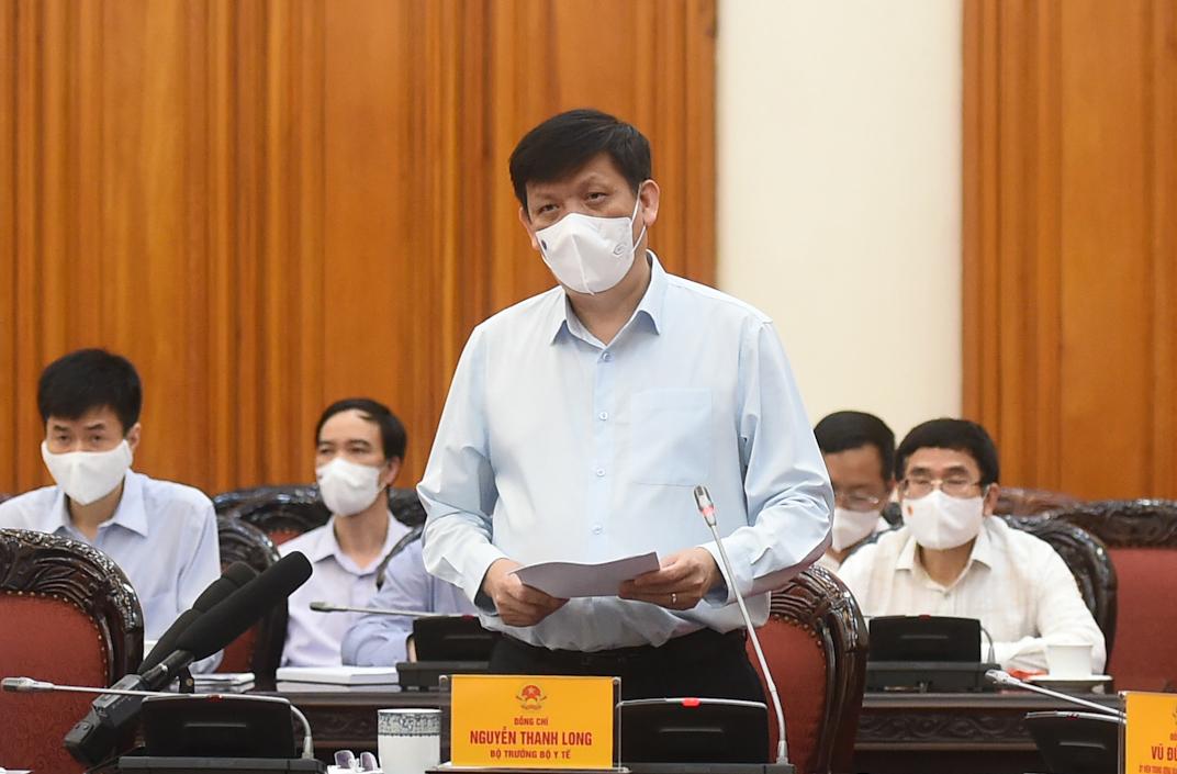 Bộ trưởng Y tế Nguyễn Thanh Long phát biểu tại cuộc họp. Ảnh: VGP