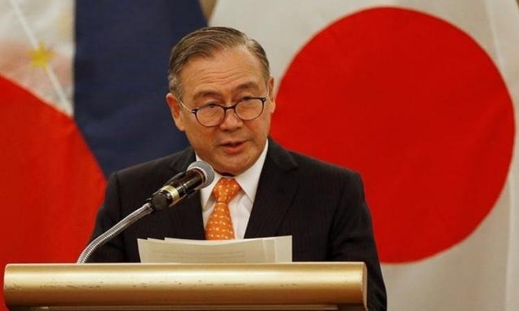 Ngoại trưởng Philippines Teodoro Locsin Jr. tại một cuộc họp báo ở thủ đô Manila hồi tháng một năm ngoái. Ảnh: Reuters.