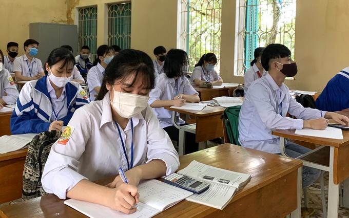 Học sinh Yên Bái nghỉ học một tuần để phòng dịch