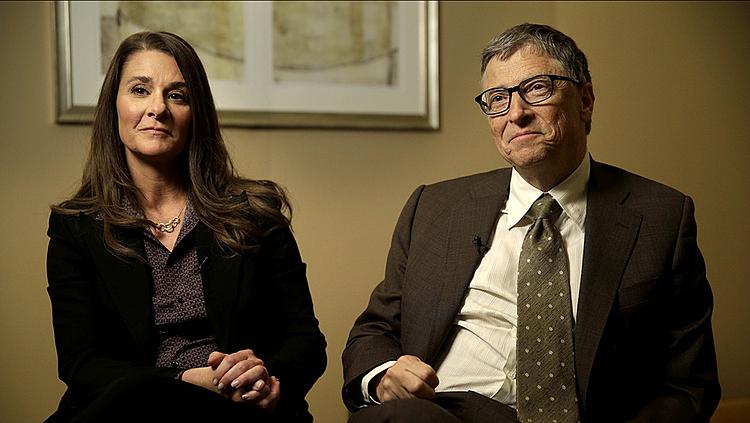 Bill Gates (phải) và Melinda trong cuộc phỏng vấn năm 2015. Ảnh: AP.