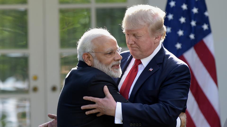 Trump (phải) tiếp Thủ tướng Modi tại Nhà Trắng ngày 26/7/2017. Ảnh: Reuters.