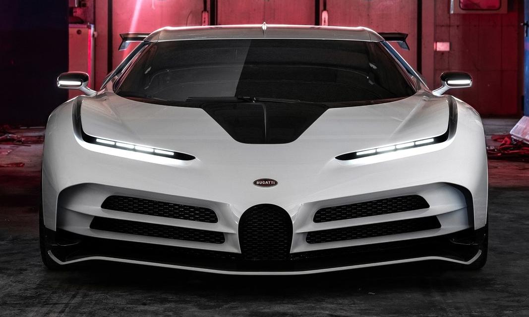 Siêu phẩm 9 trệu USD Centodieci với đèn pha mắt hí. Ảnh: Bugatti