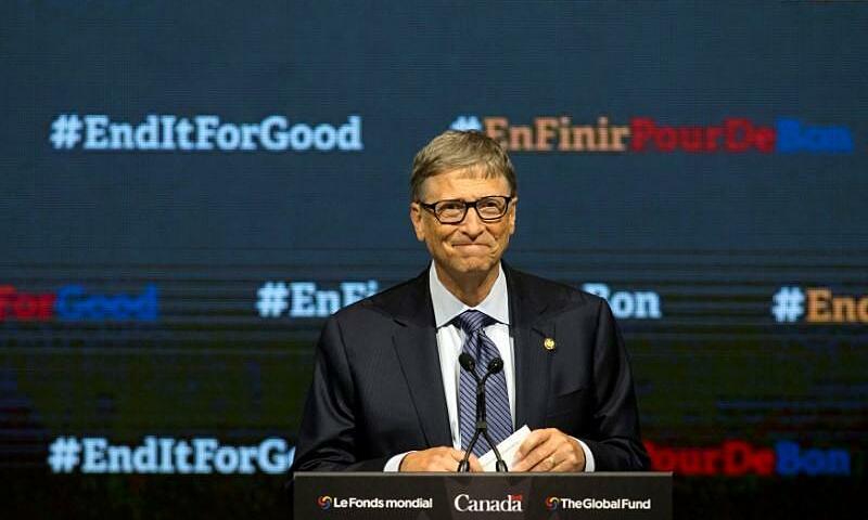 Tỷ phú Bill Gates phát biểu kết thúc hội thảo góp quỹ toàn cầu chống AIDS, bệnh lao và sốt rét ở Canada vào tháng 9/2016. Ảnh: Reuters.