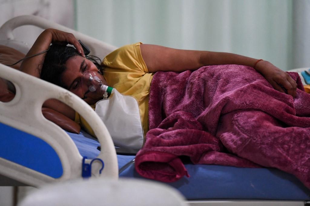 Bệnh nhân Covid-19 tại Ấn Độ hôm 5/5. Ảnh: AFP.