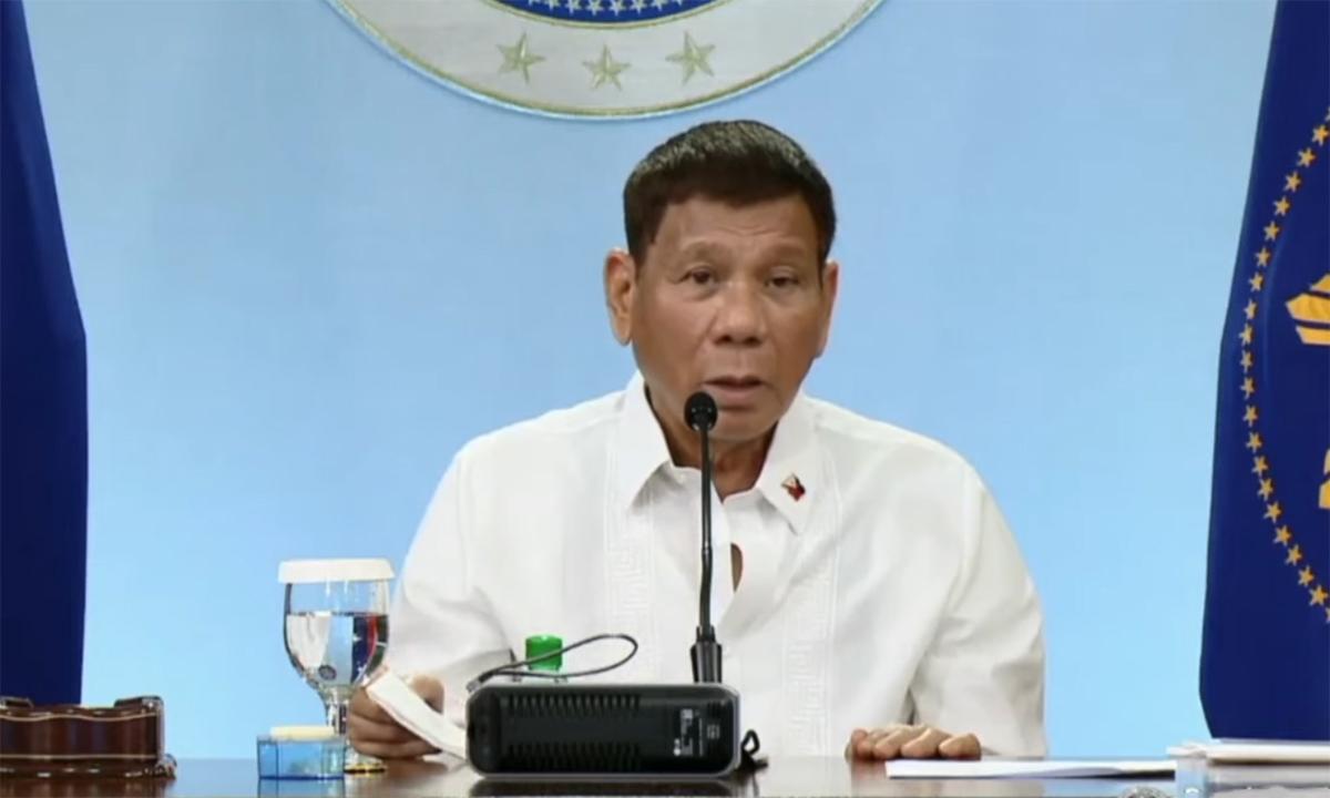 Tổng thống Rodrigo Duterte phát biểu trên truyền hình ngày 5/5. Ảnh: Inquirer.