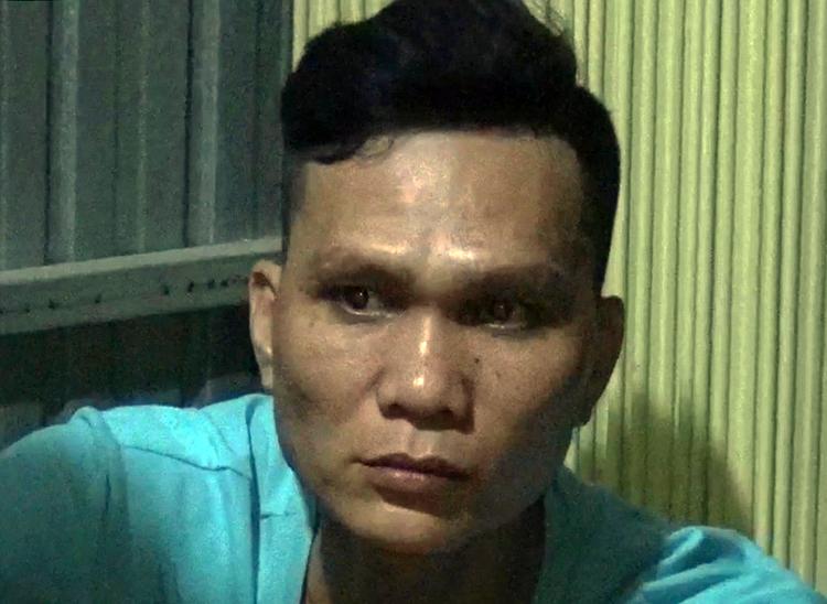 Nguyễn Thanh Nhi tại cơ quan công an. Ảnh: Long Hồ.