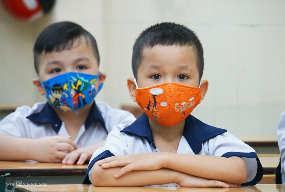 Học sinh trường Tiểu học Mê Linh, quận 3, TP HCM trong buổi học năm 2021. Ảnh: Mạnh Tùng