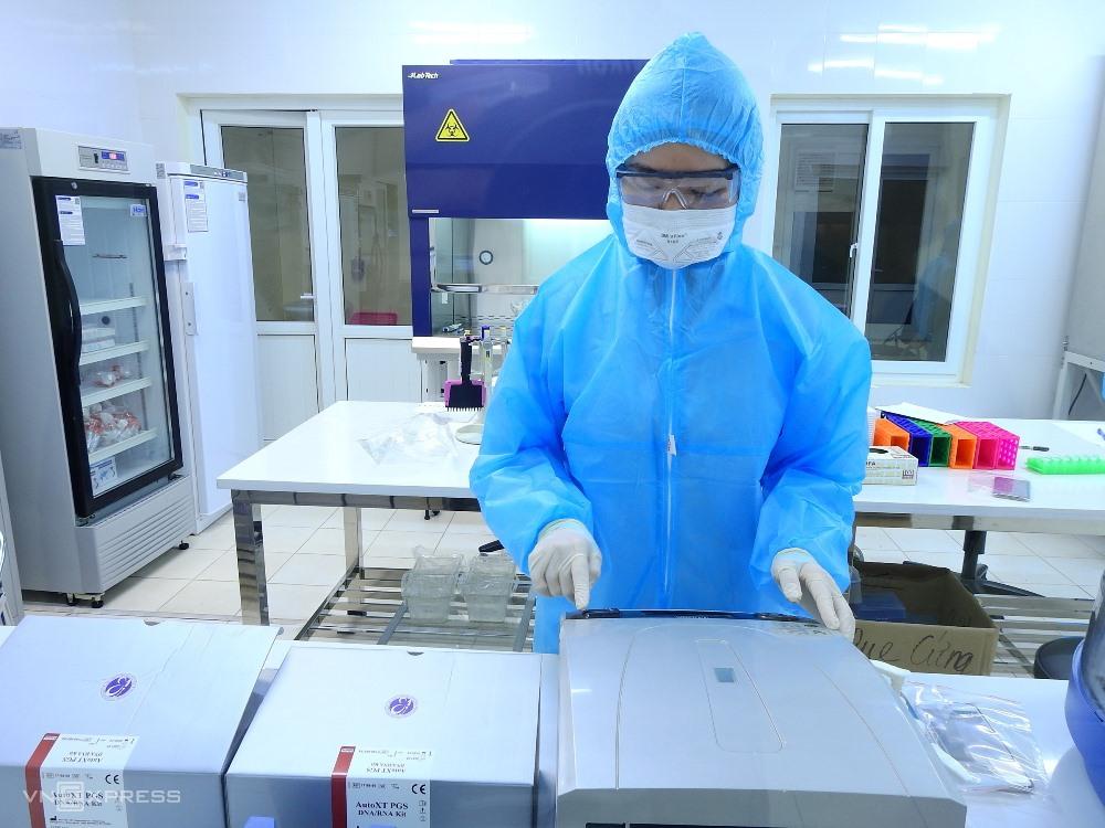 Phòng xét nghiệm tại Bệnh viện Đa khoa Quảng Ninh. Ảnh: Minh Cương