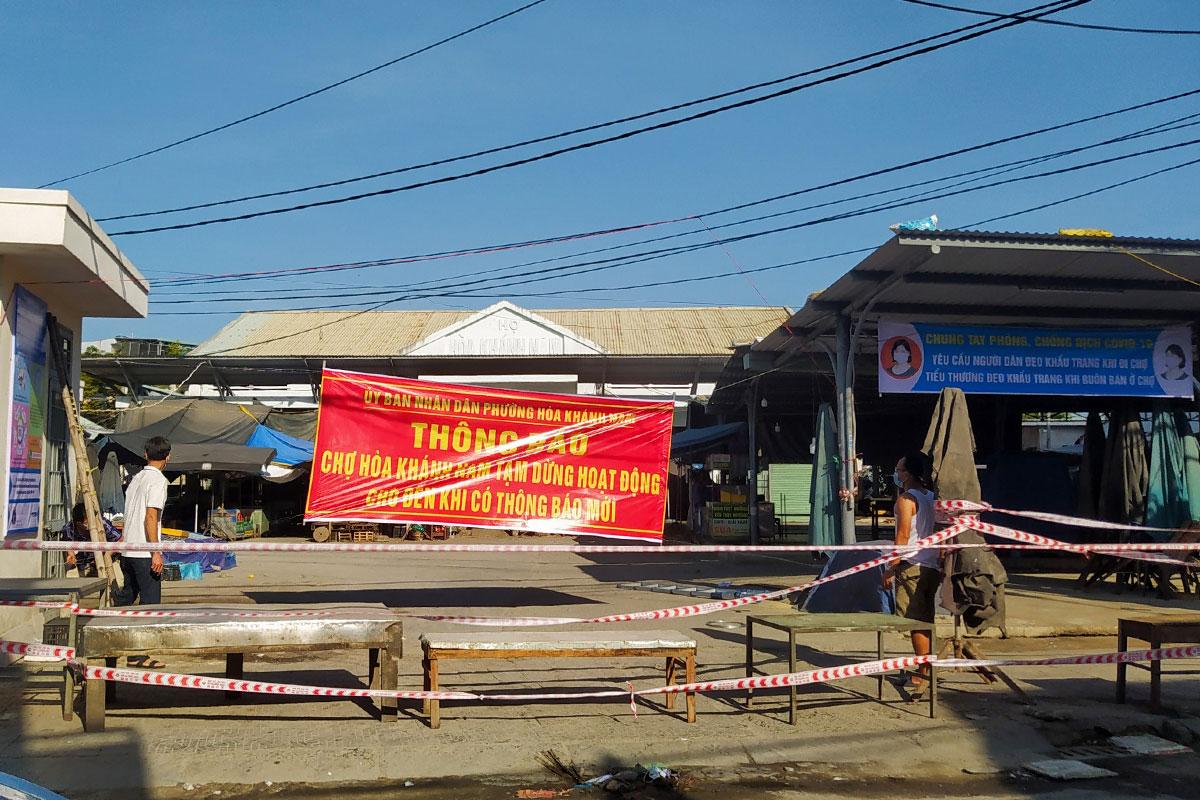 Chợ Hoà Khánh Nam tạm dừng hoạt động từ hôm nay. Ảnh: Đông Nam.