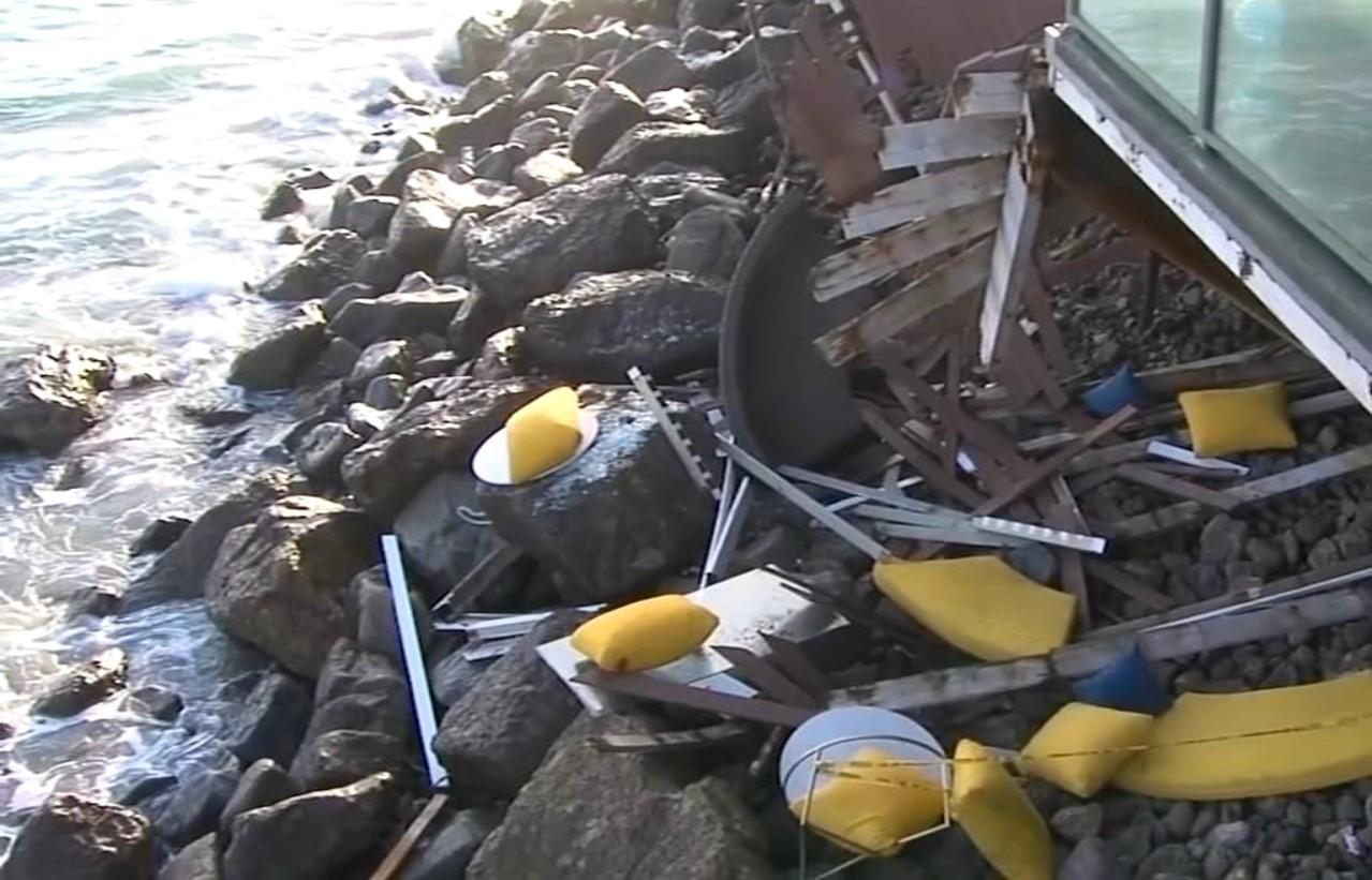 Hiện trường vụ tai nạn tại Malibu, thành phố Los Angeles thuộc bang California, Mỹ vào chiều 8/5. Ảnh: ABC7.