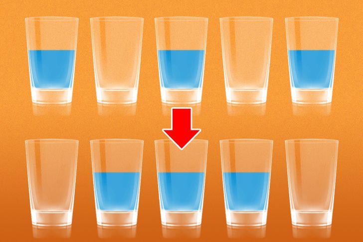 Di chuyển một chiếc cốc để đúng thứ tự