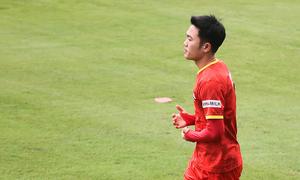 Lương Xuân Trường: 'Cạnh tranh vị trí tiền vệ tốt cho đội tuyển'