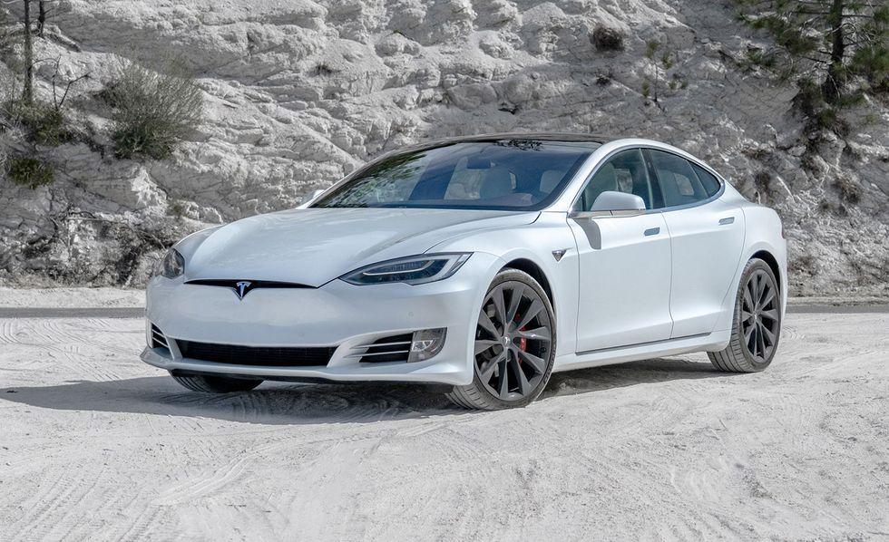 Những mẫu ôtô điện bán chạy nhất - 5
