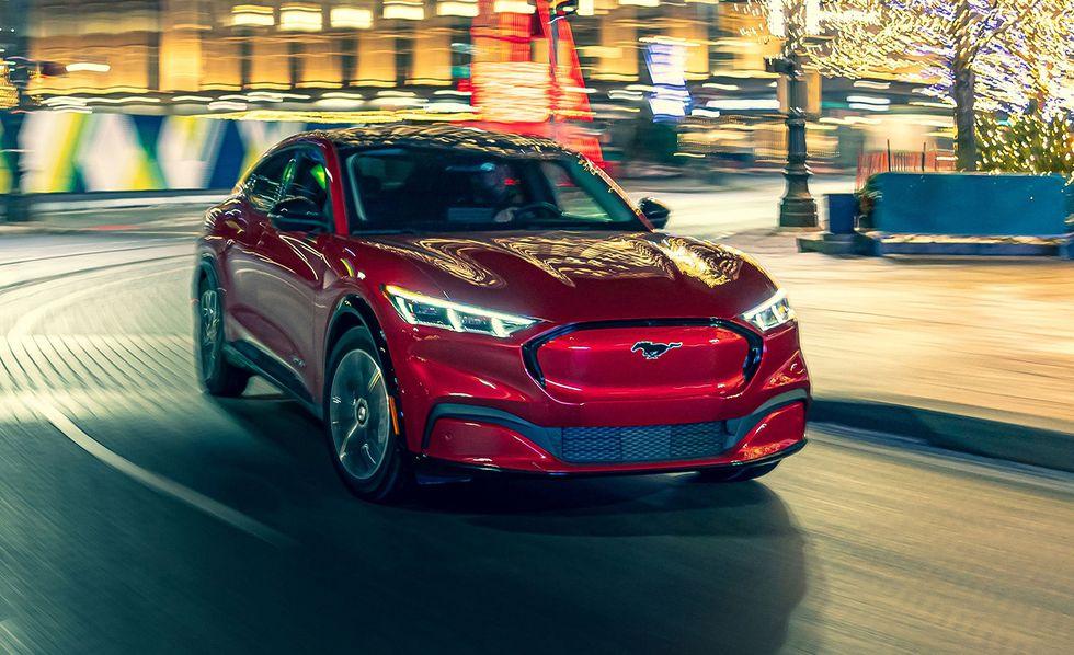 Những mẫu ôtô điện bán chạy nhất - 8