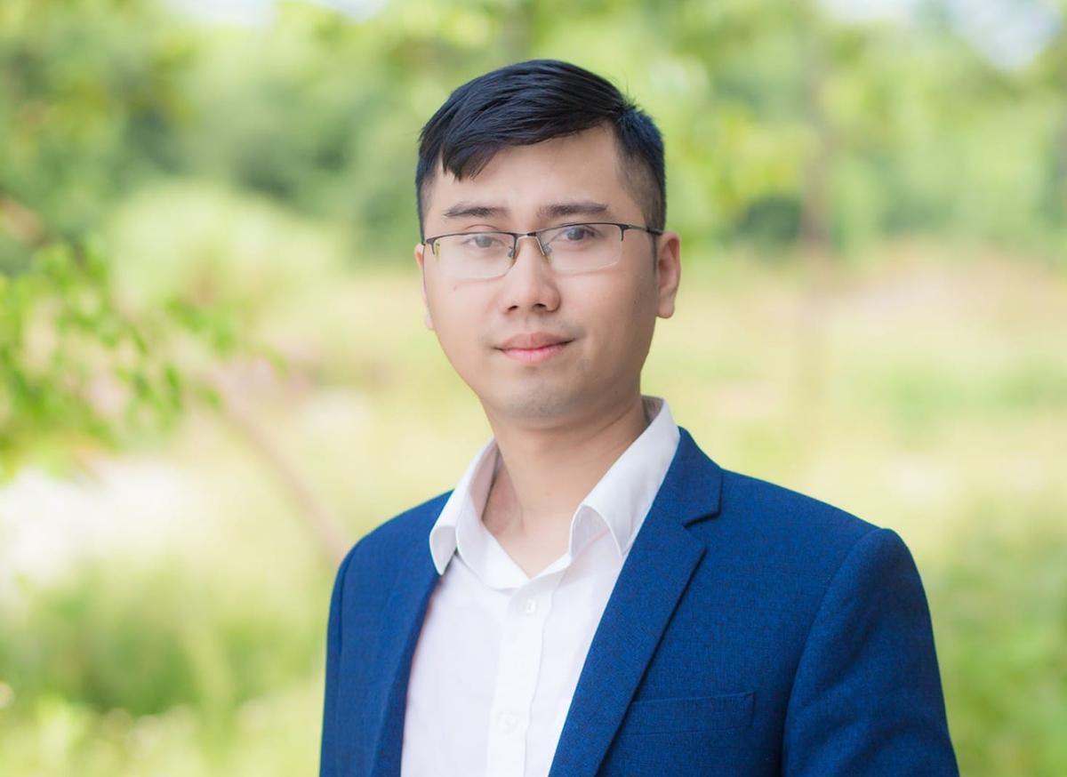 Thầy Trần Thế Hùng là giáo viên Toán của trường THPT chuyên Hà Tĩnh. Ảnh: Nhân vật cung cấp.