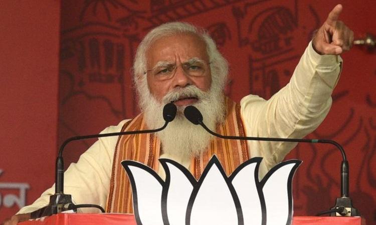 Thủ tướng Ấn Độ Narendra Modi tại cuộc vận động bầu cử ở bang Tây Bengal hôm 12/4. Ảnh: Reuters.