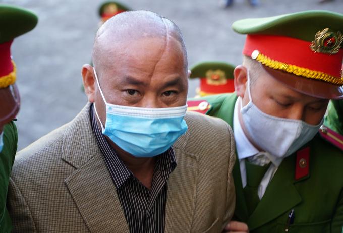 Bị cáo Minh trong phiên tòa hồi tháng 1. Ảnh: Trần Hóa.