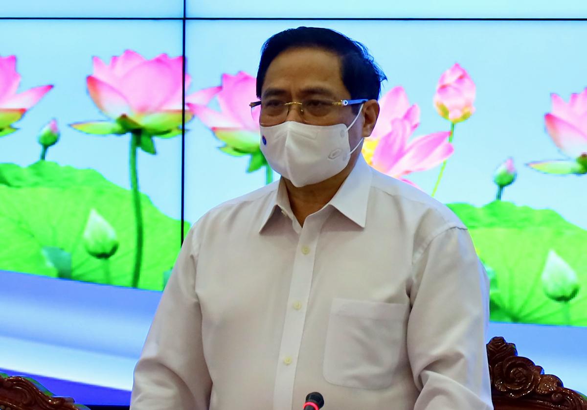 Thủ tướng Phạm Minh Chính phát biểu chỉ đạo tại cuộc họp. Ảnh: Trung tâm báo chí TP HCM.