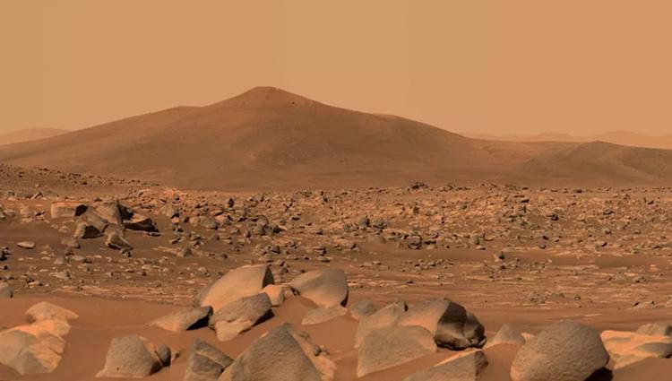 Perseverance chụp ảnh bề mặt gồ ghề của sao Hỏa trong hố trũng Jezero. Ảnh: NASA.