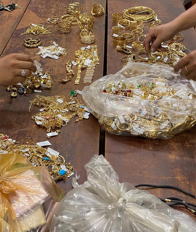 Số vàng trong vụ trộm được thu giữ. Ảnh: Danh Nhân