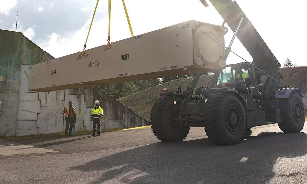 Mô hình ống phóng LRHW để huấn luyện lính lục quân Mỹ năm 2021. Ảnh: US Army.