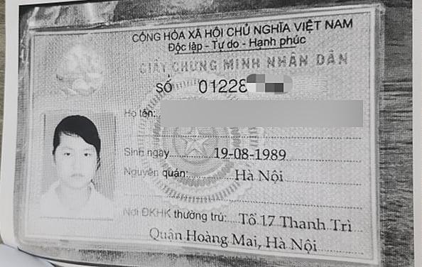 CMND giả mạo chỉ có dãy số và tên là trùng khớp với thông tin anh Minh. Ảnh: NVVC.