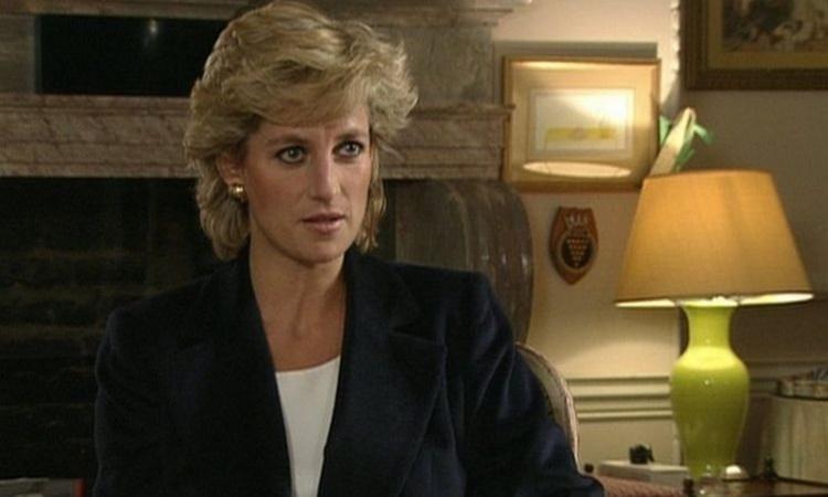 Công nương Diana trong cuộc phỏng vấn với nhà báo Martin Bashir năm 1995. Ảnh: BBC.