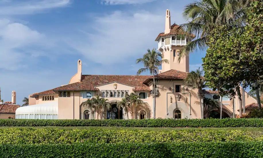 Một biệt thự trong khu nghỉ dưỡng Mar-a-Lago của cựu tổng thống Mỹ Donald Trump. Ảnh: AP