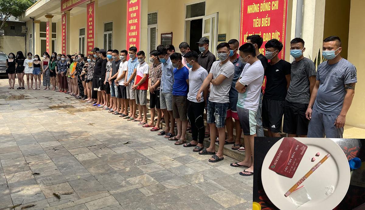 40 thanh niên bị công an tạp giữ. Ảnh: Lam Sơn.