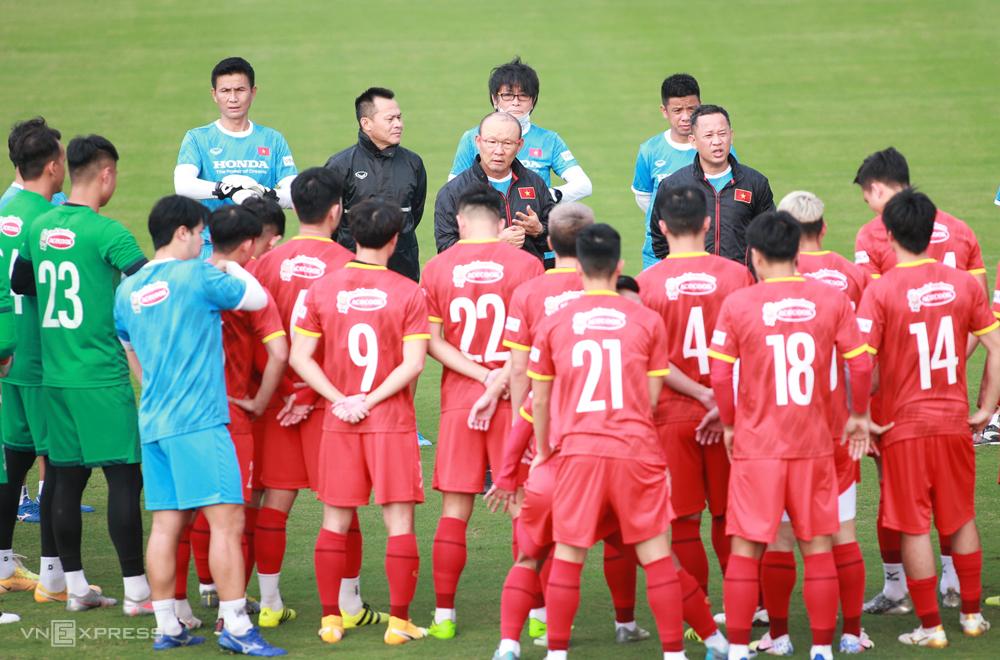 Pelatih Park Hang-seo mengejutkan banyak pemain terkenal.