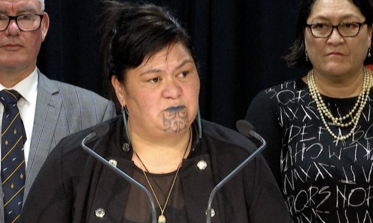 Ngoại trưởng New Zealand Nanaia Mahuta trong cuộc họp báo tại Wellington hồi tháng 11/2020. Ảnh: AFP.
