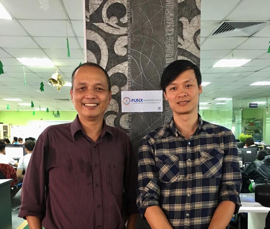 Ông Nguyễn Minh Tâm, Phó giám đốc NAL (bên phải) tin rằng việc hợp tác với FUNiX tài trợ học phí sẽ đưa về các ứng viên chất lượng, bổ sung nguồn nhân lực cho doanh nghiệp.