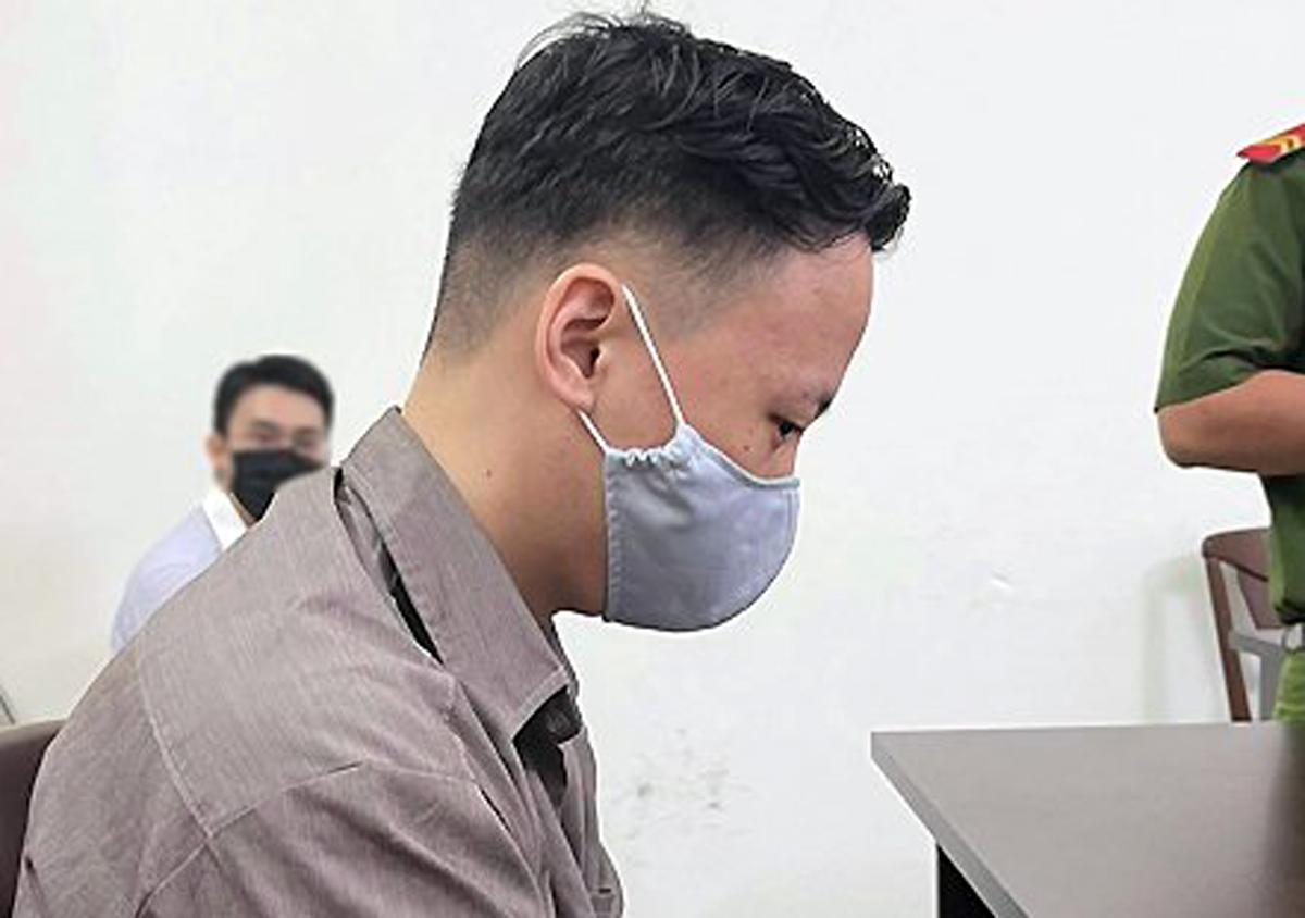 Lee Hyeongwon tại tòa sáng 25/5. Ảnh: Hải Duyên.