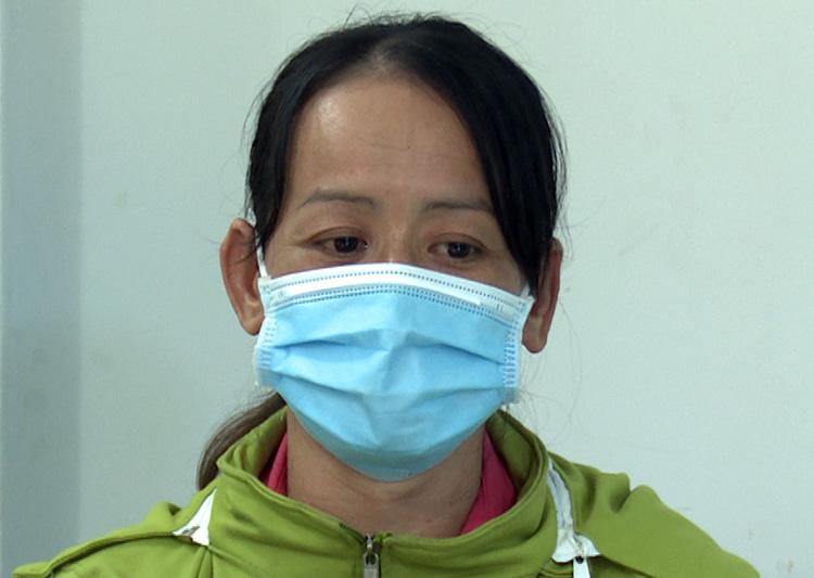 Nguyễn Thị Hằng tại cơ quan công an. Ảnh: Lan Vy