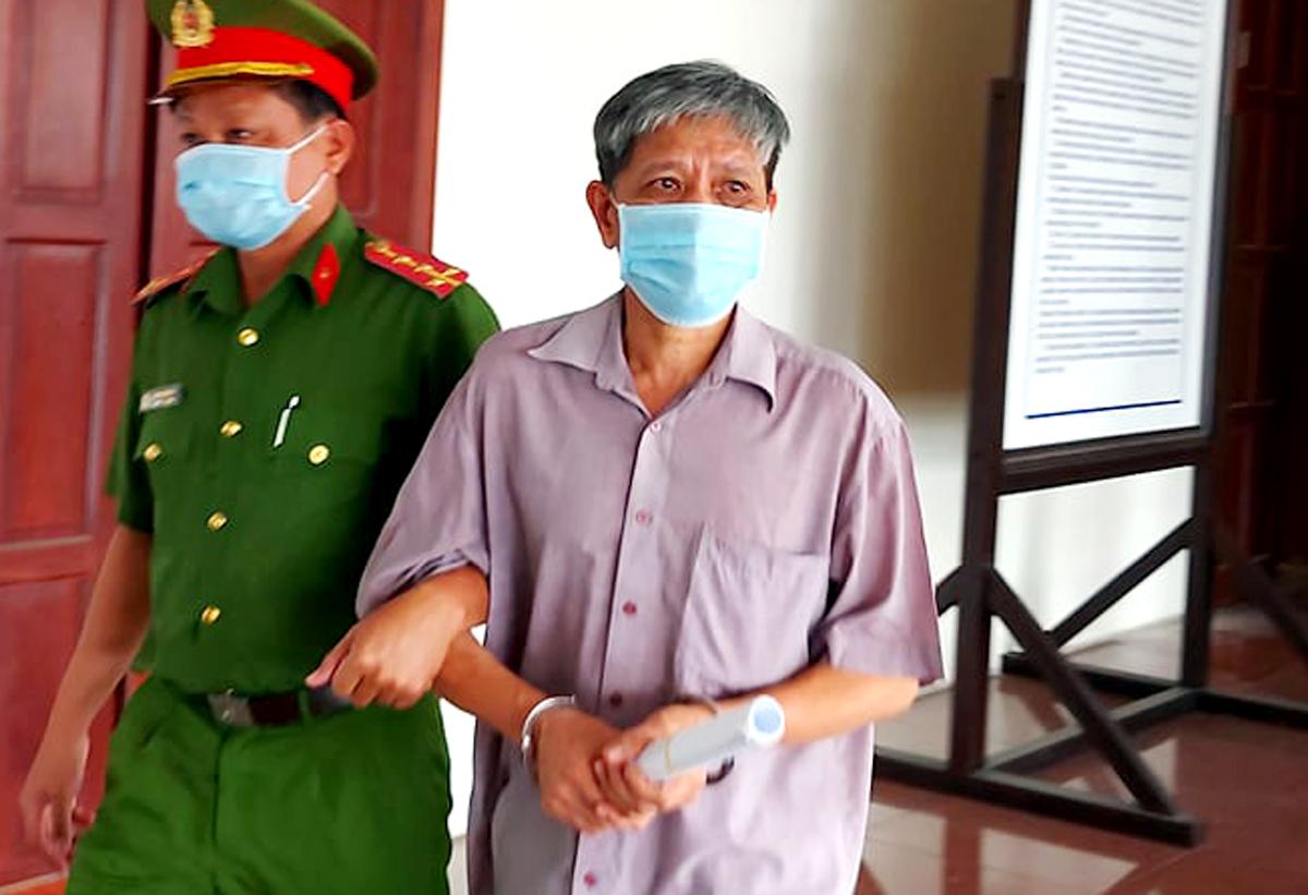 Bị cáo Yên sau phiên tòa hôm nay. Ảnh: Bình Nguyên.