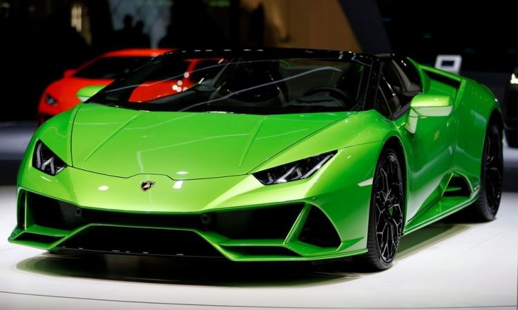 Một mẫu xe Lamborghini được trưng bày tại Triển lãm Ô tô Quốc tế Geneva, Thụy Sĩ, hồi tháng 3/2019. Ảnh: Reuters.
