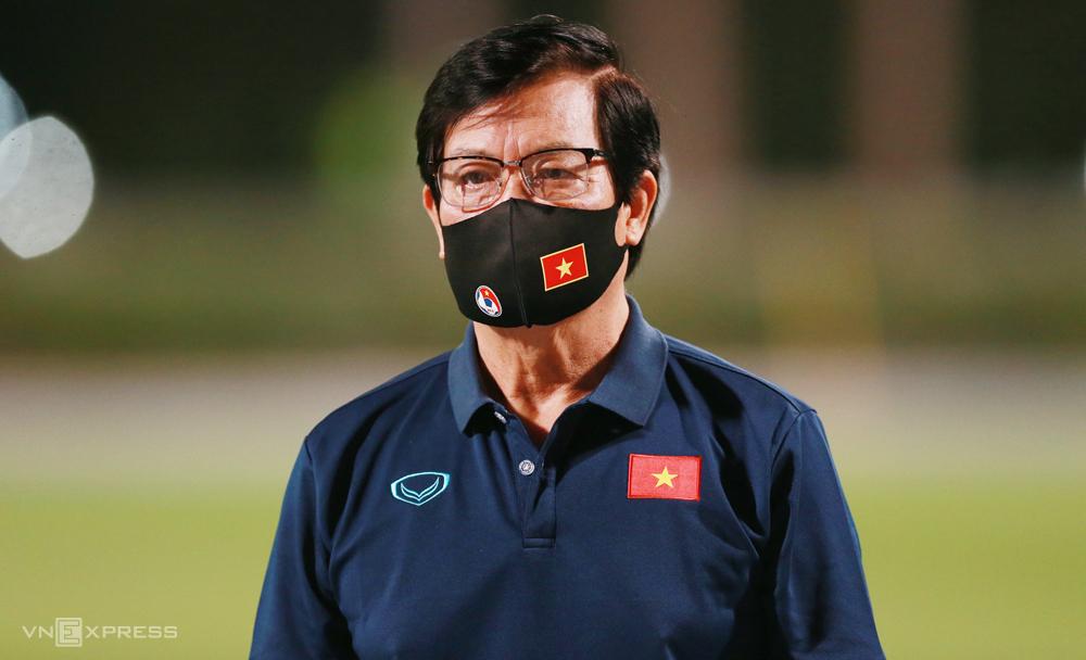 Ông Nguyễn Sỹ Hiển cho biết tuyển Việt Nam hiện được chăm sóc rất tốt, toàn đội sẵn sàng để ra sân chiến đấu, đoạt vé dự vòng loại cuối cùng World Cup 2022. Ảnh: Lâm Thoả