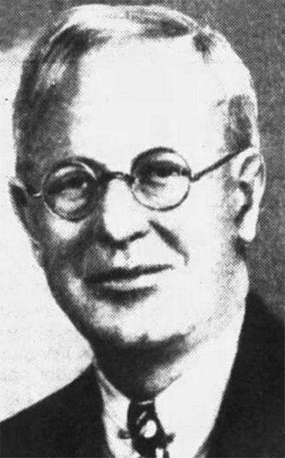 Ông Walter Lewis Samples.