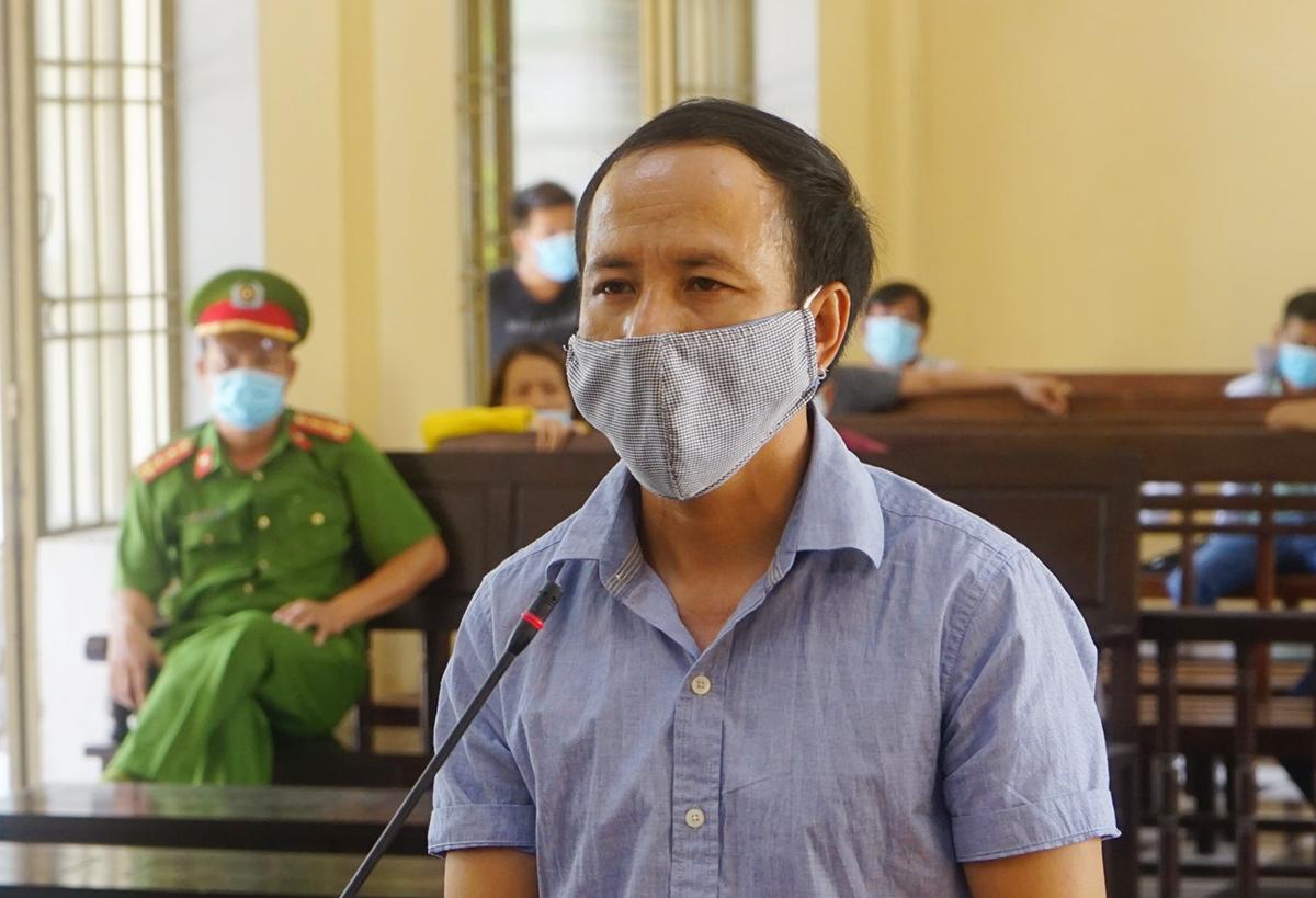 Phan Đại Hoàng tại phiên sơ thẩm sáng 4/6. Ảnh: Đắc Thành.