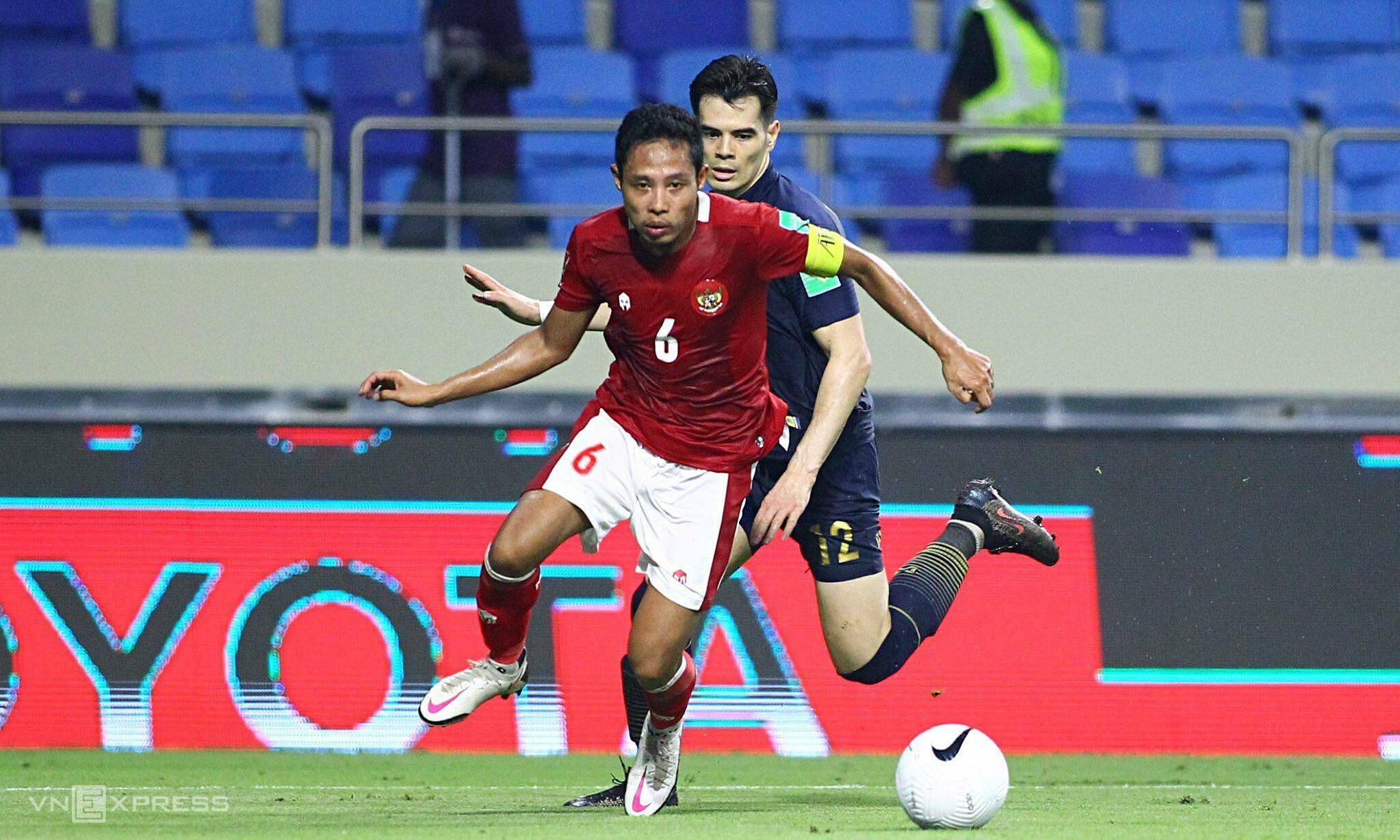 Dimas là một trong những cầu thủ dày dạn kinh nghiệm nhất của tuyển Indonesia sang UAE đá loạt trận cuối bảng G lần này. Ảnh: Lâm Thoả
