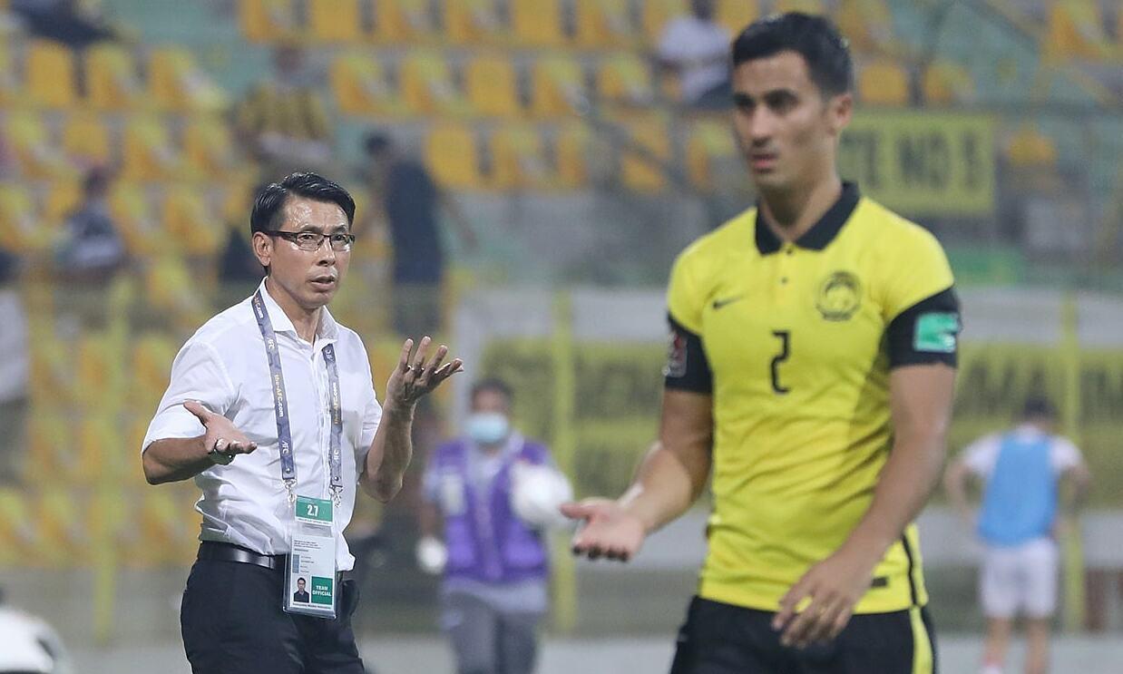 HLV Tan Cheng Hoe cho rằng cầu thủ Malaysia vẫn lạc quan sau khi thua UAE 0-4. Ảnh: FAM